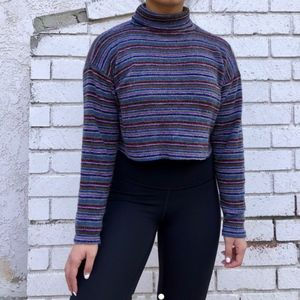 Vintage Striped Turtleneck Crop-Top